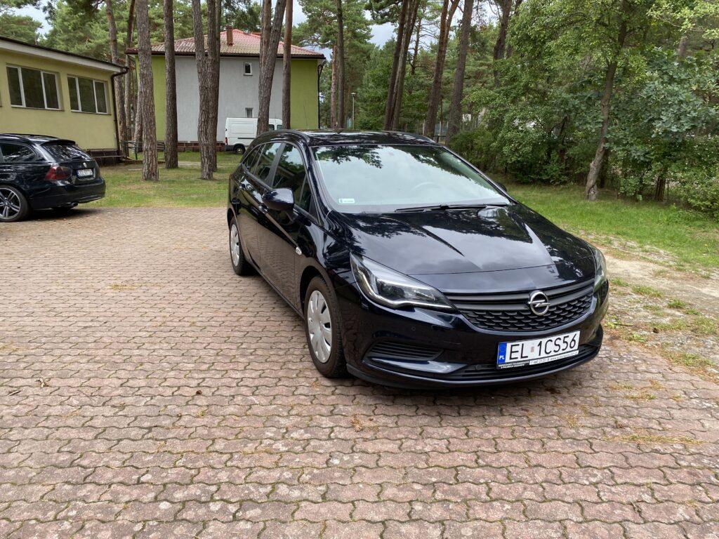 Qrent Wypożyczalnia Samochodów Opel Astra